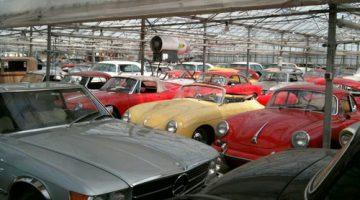Supermarché de la voiture ancienne
