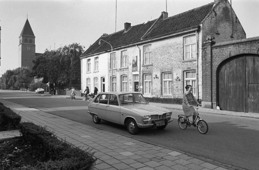 La Renault 16 de nos villes et villages
