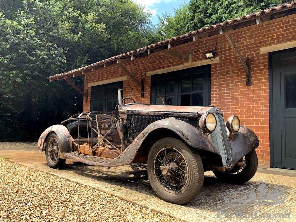 Sortie de grange e Lancia Artena Series III 228C de 1934
